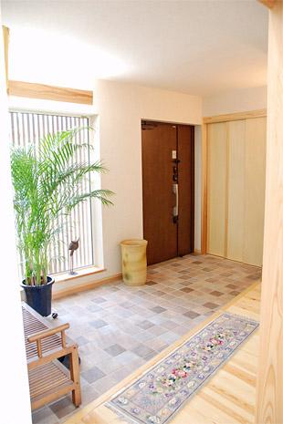 島根県松江市ルラクホーム玄関
